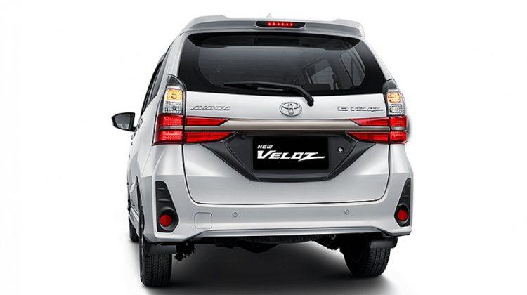 #DiRumahAja, Ini Alasan Ada Lampu Rem Ketiga atau Third Brake Lamp di Mobil Toyota
