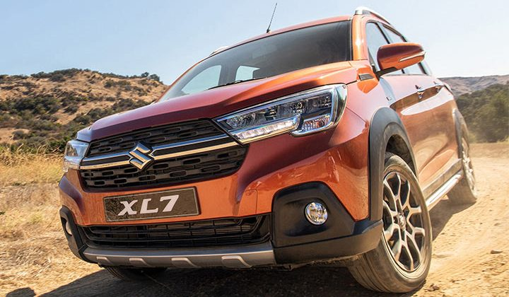 Mencoba Mobil Primadona SUV Murah Suzuki XL7