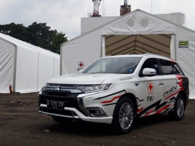 Mitsubishi Outlander PHEV Pasok Listrik di Gunung Merapi