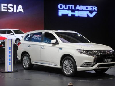 Mengenal Mobil Hybrid Mitsubishi Outlander PHEV